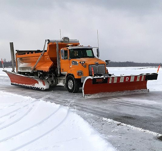 Tenco Wide Wing System for multilane cleaning - one truck no equipment towing